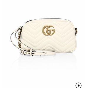 Gucci GG small Matélasse leather camera bag